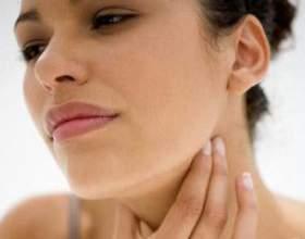 Що робити при болю в горлі? фото