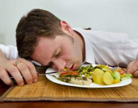Cімптоми і різновиди харчового отруєння фото