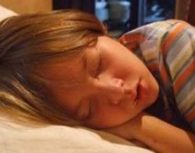 Денний сон відіграє важливу роль у розвитку дитини! фото