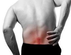 Через що болить спина? фото