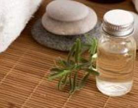 Ефірна олія чайного дерева від прищів фото