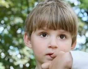 Як відучити дитину гризти нігті? фото