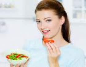 Чи можна мамі, що годує солоні або свіжі помідори? фото