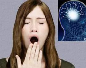 Недосипання призводить до пошкодження головного мозку фото