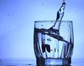Не можна дуже багато вживати води! фото
