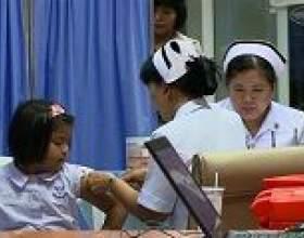 Перша серйозна вакцинація від лихоманки денге фото