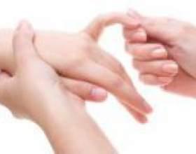 Чому німіє мізинець на лівій руці? фото