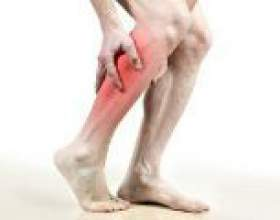 Чому німіє права нога? Причини фото