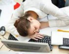 Чому постійно хочеться спати? фото