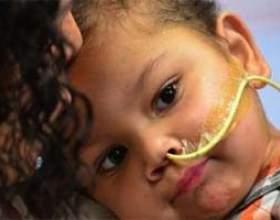 Трирічного хлопчика пересадили одночасно п`ять донорських органів фото