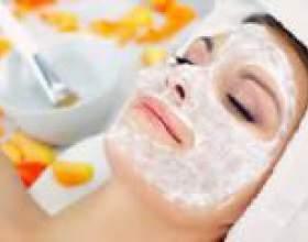 Зволожуючі маски для обличчя в домашніх умовах фото