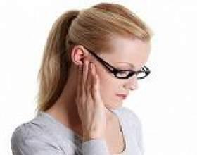 Запалення лімфовузлів за вухом: причини, симптоми, лікування фото